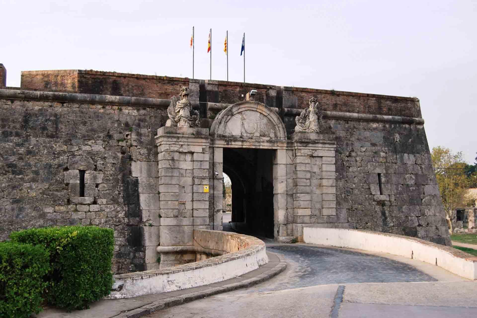 Castillo de Sant Ferran en el Alt Empordà